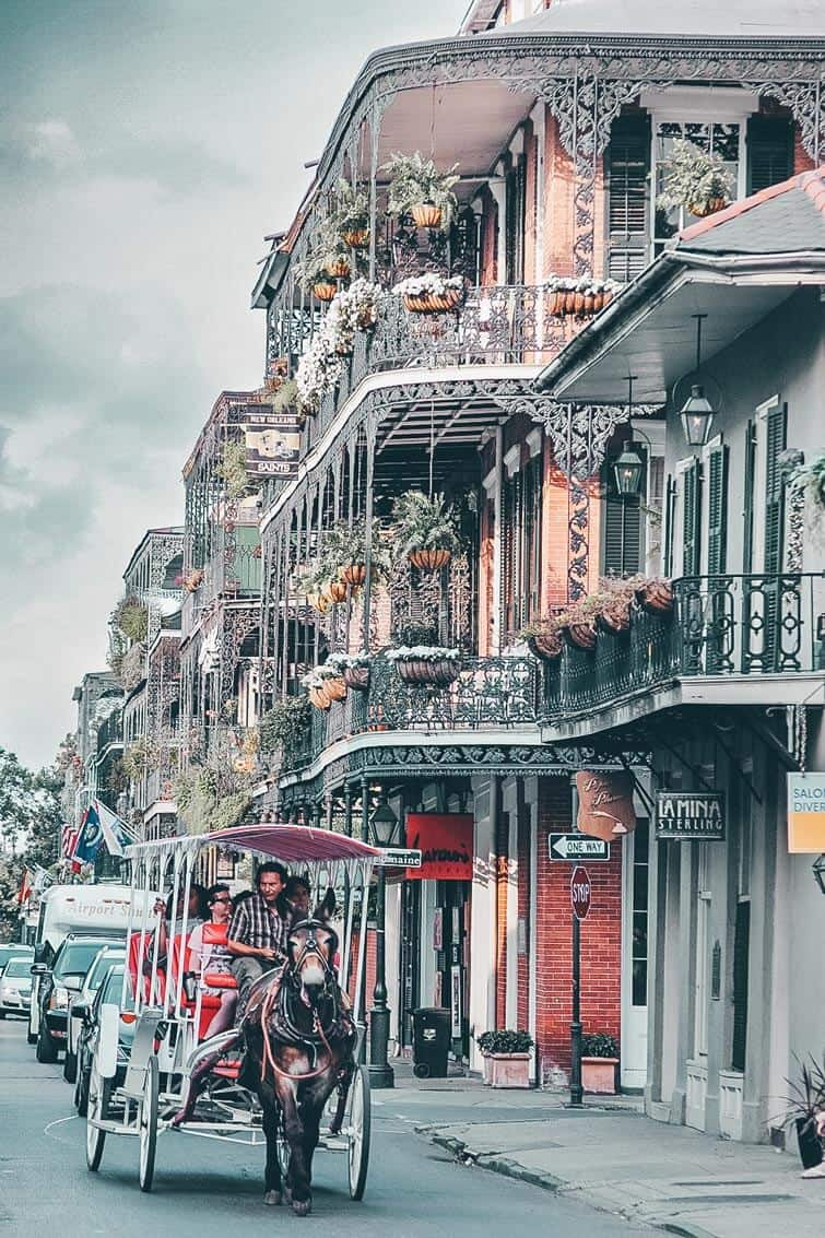 Take a tour of the French Quarter! Click through to read our top 10 things to do in New Orleans on AvenlyLaneTravel.com!