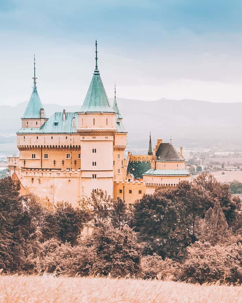 Bojnice Castle, Slovakia - One of the most beautiful places in Europe! Check out 20 of the most beautiful castles in the world on avenlylanetravel.com #AVENLYLANETRAVEL #AVENLYLANE #castles #europe #travel #travelinspiration #beautifulplaces #beautifulphotos