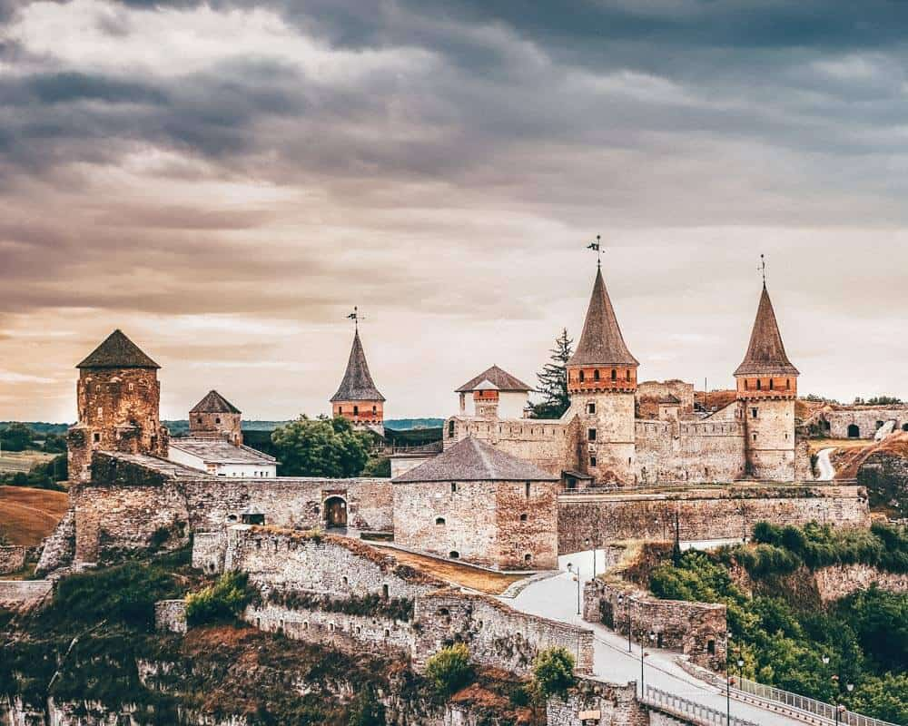 Kamianets-Podilskyi Castle, Ukraine! Check out 20 of the most beautiful castles in the world on avenlylanetravel.com #AVENLYLANETRAVEL #AVENLYLANE #castles #europe #travel #travelinspiration #beautifulplaces #beautifulphotos