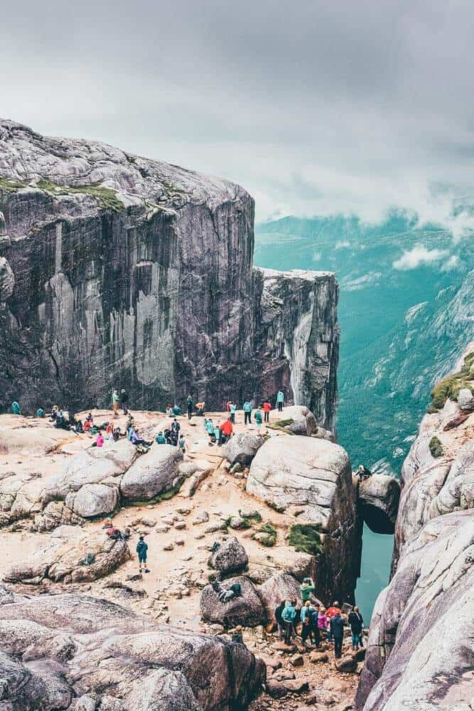 Seven Sister Falls. in one of the most famous fjords in Norway! Norway is one of the most breathtakingly beautiful countries in the world and these photos prove it! So amazing! Here are some of the top places to see in Norway. #norway #norwayphtoos #norwayphotography #avenlylanetravel #avenlylane #europe #travelinspiration #beautifulplaces