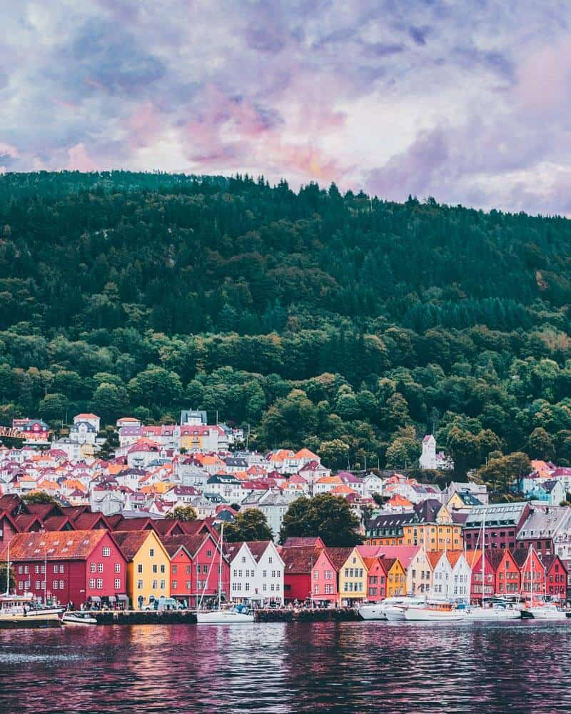 Bryggen street. Norway is one of the most breathtakingly beautiful countries in the world and these photos prove it! So amazing! Here are some of the top places to see in Norway. #norway #norwayphtoos #norwayphotography #avenlylanetravel #avenlylane #europe #travelinspiration #beautifulplaces