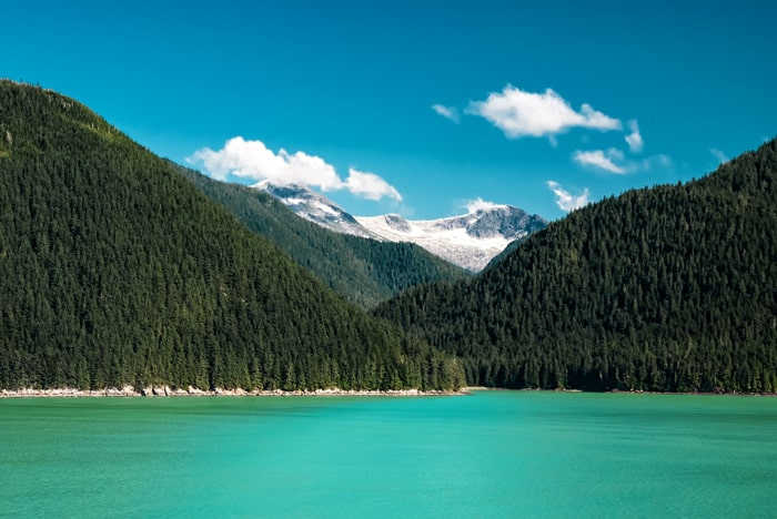 Gorgeous lake off the Seward Highway in Alaska!