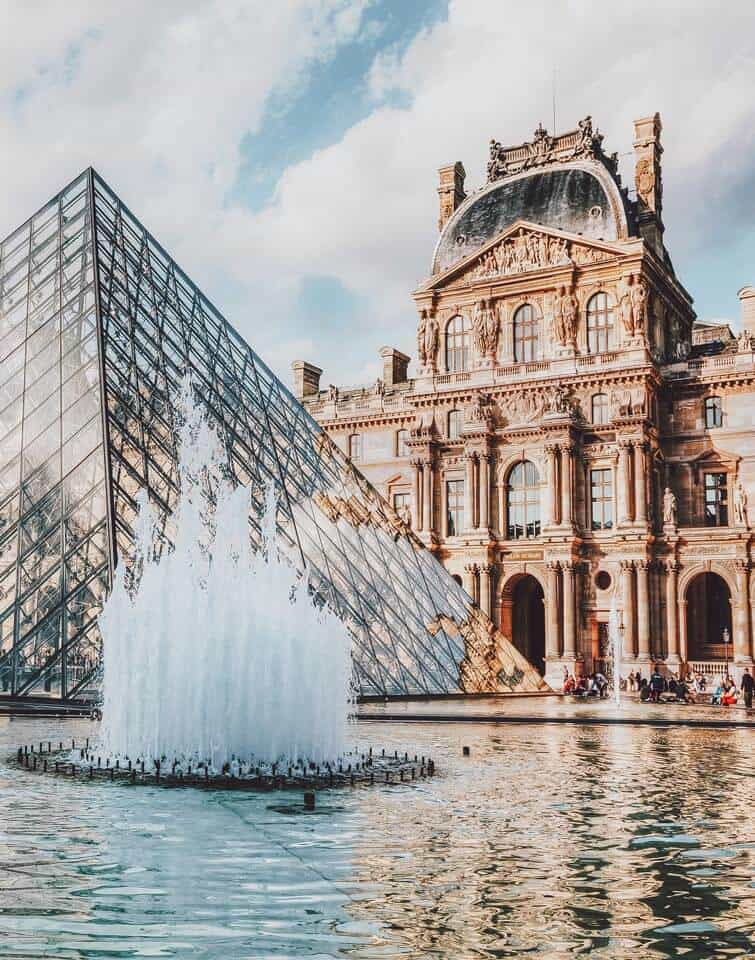 The Louvre in Paris. 10 Things You Have to See Your First Time in Paris! #paris #travel #avenlylane #avenlylanetravel