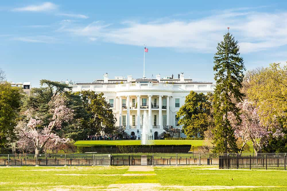 The White House in Washington, DC. See the top 10 thing to do in Washington, DC!