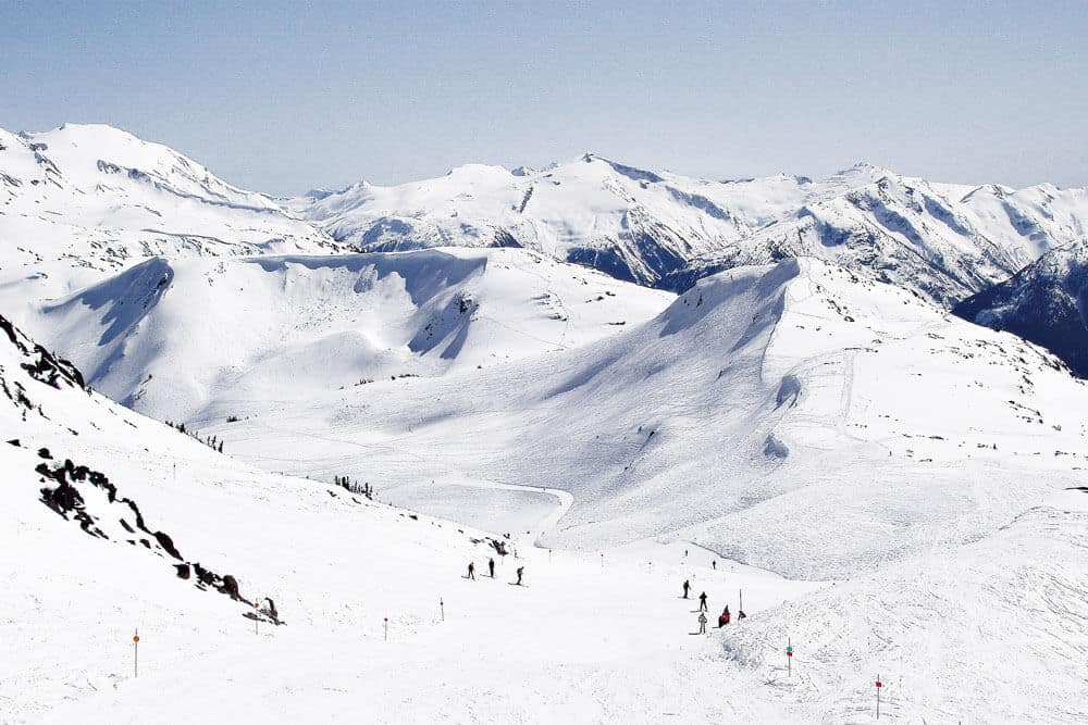 Whistler Blackcomb Ski Resort in Canada. One of the best ski resorts in the world! Cool things to do in Vancouver, BC!