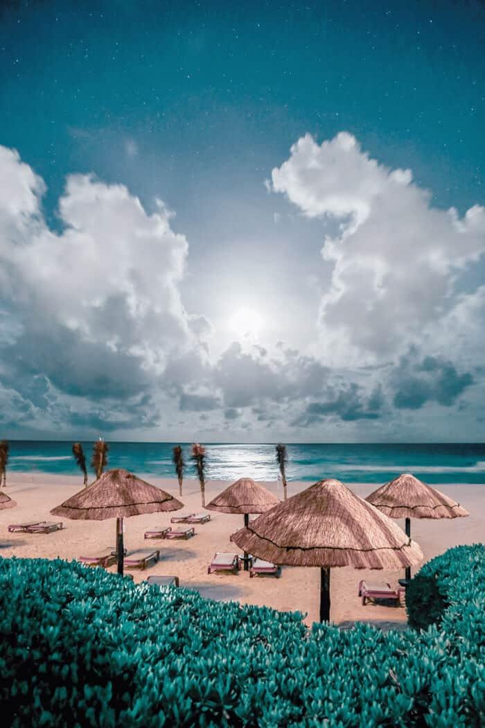 Best nightlife in Cancun.