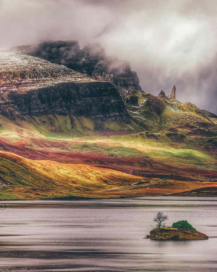 Skye, Scotland, United Kingdom. Pictures of Scotland you will want to add to your Scotland road trip itinerary! Europe Bucket List - #avenlylanetravel #scotland #travel #scottishhighlands #unitedkingdom #hiking #adventuretravel #adventure #river #outdoors #travelitinerary #roadtrip #scottish - Read the full article at www.avenlylane.com