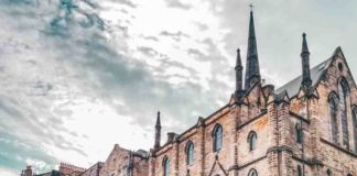 Edinburgh or Glasgow, Which City in Scotland Should You Visit?