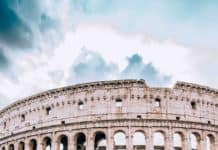 Colosseum Tours in Rome! Top 10 Things to See in Rome! Rome is an amazing city that everyone seems to have an innate desire to see. The Italian allure is powerful enough in itself, but by adding in everything else that Rome has to offer, it makes a trip simply irresistible. Check out the best of Rome on avenlylanetravel.com #AVENLYLANETRAVEL #AVENLYLANE #rome #italy #romeitaly #europe