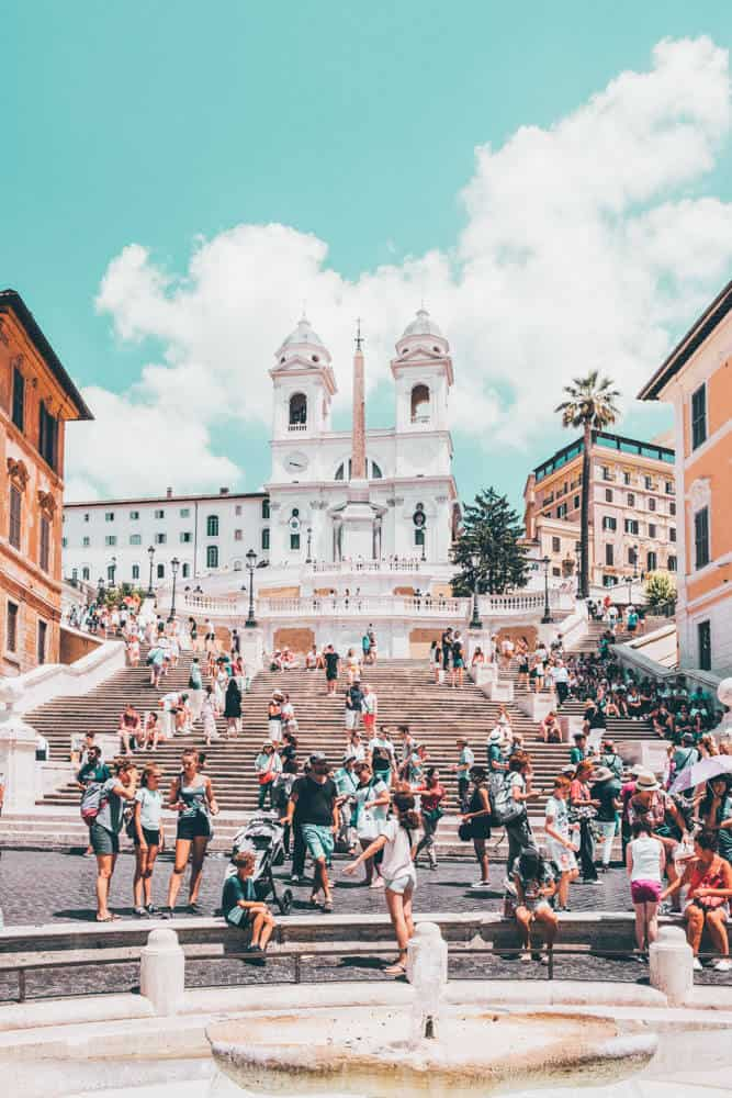 Spanish Steps Rome! Top 10 Things to See in Rome! Rome is an amazing city that everyone seems to have an innate desire to see.  The Italian allure is powerful enough in itself, but by adding in everything else that Rome has to offer, it makes a trip simply irresistible.
