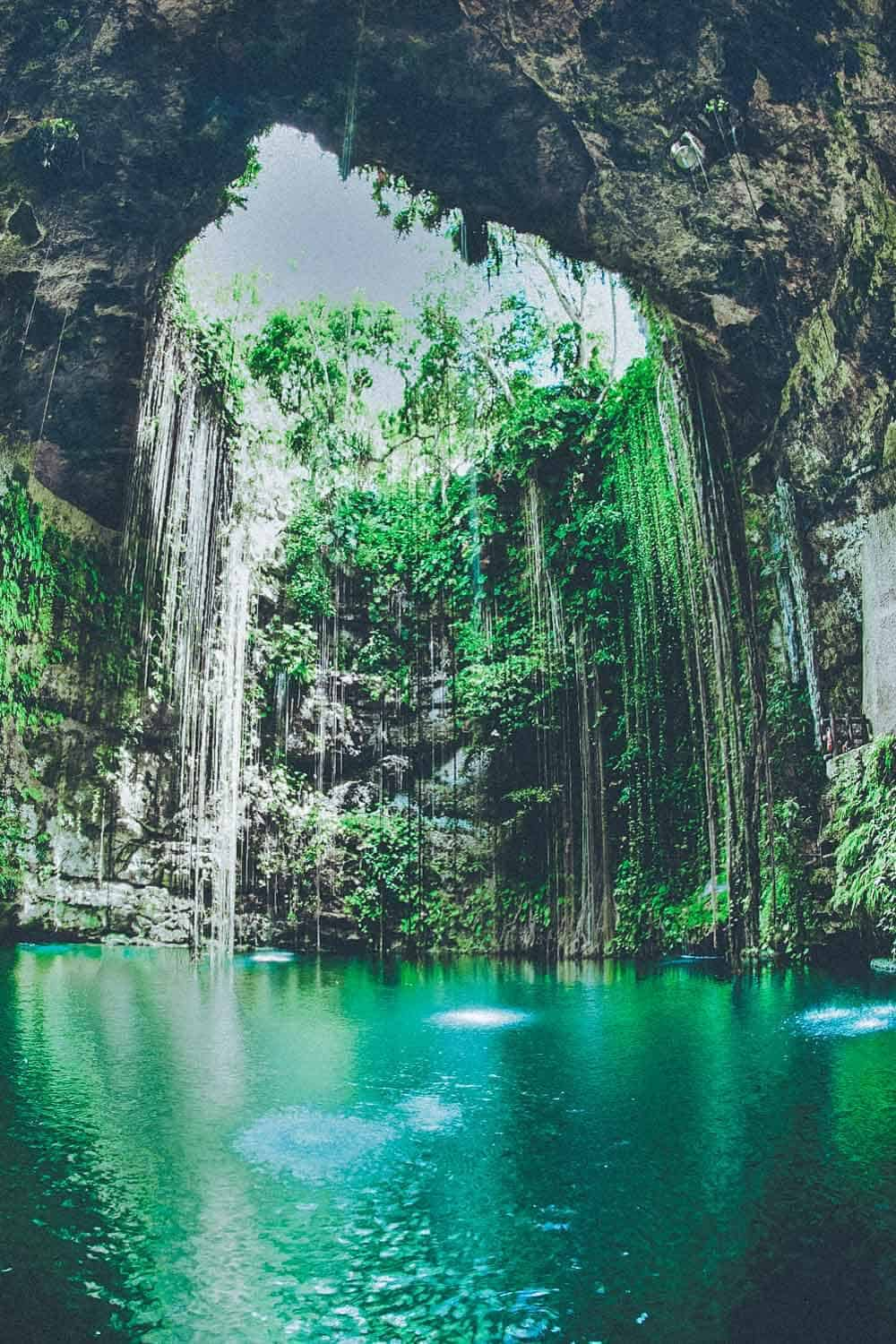 Cenote Ik Kil (The most crowded Cenote in Mexico)