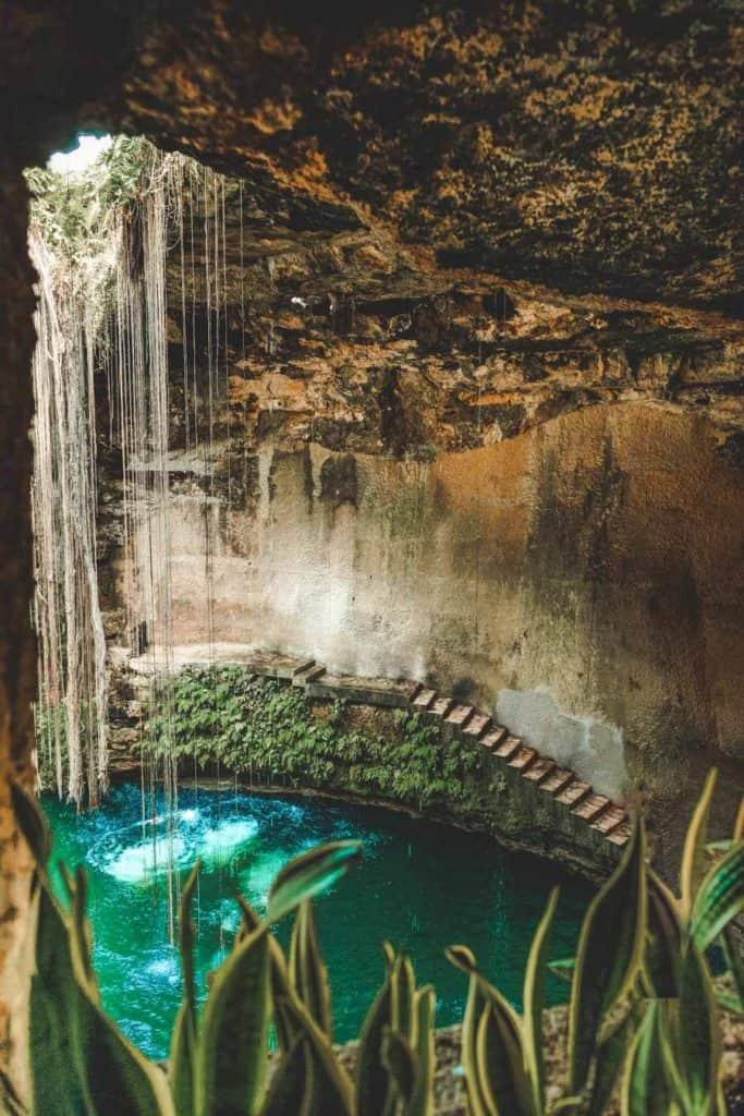 Cenote Ik Kil (or Cenote Chichen Itza).