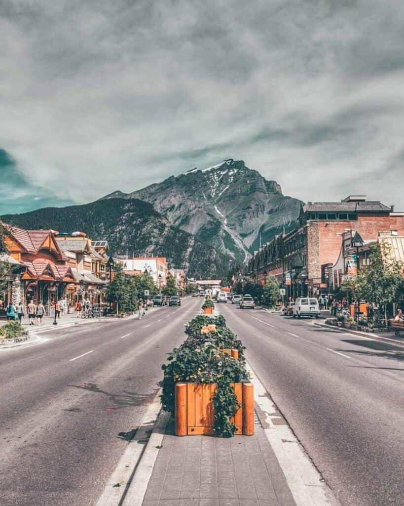 Quint Mountain Towns!