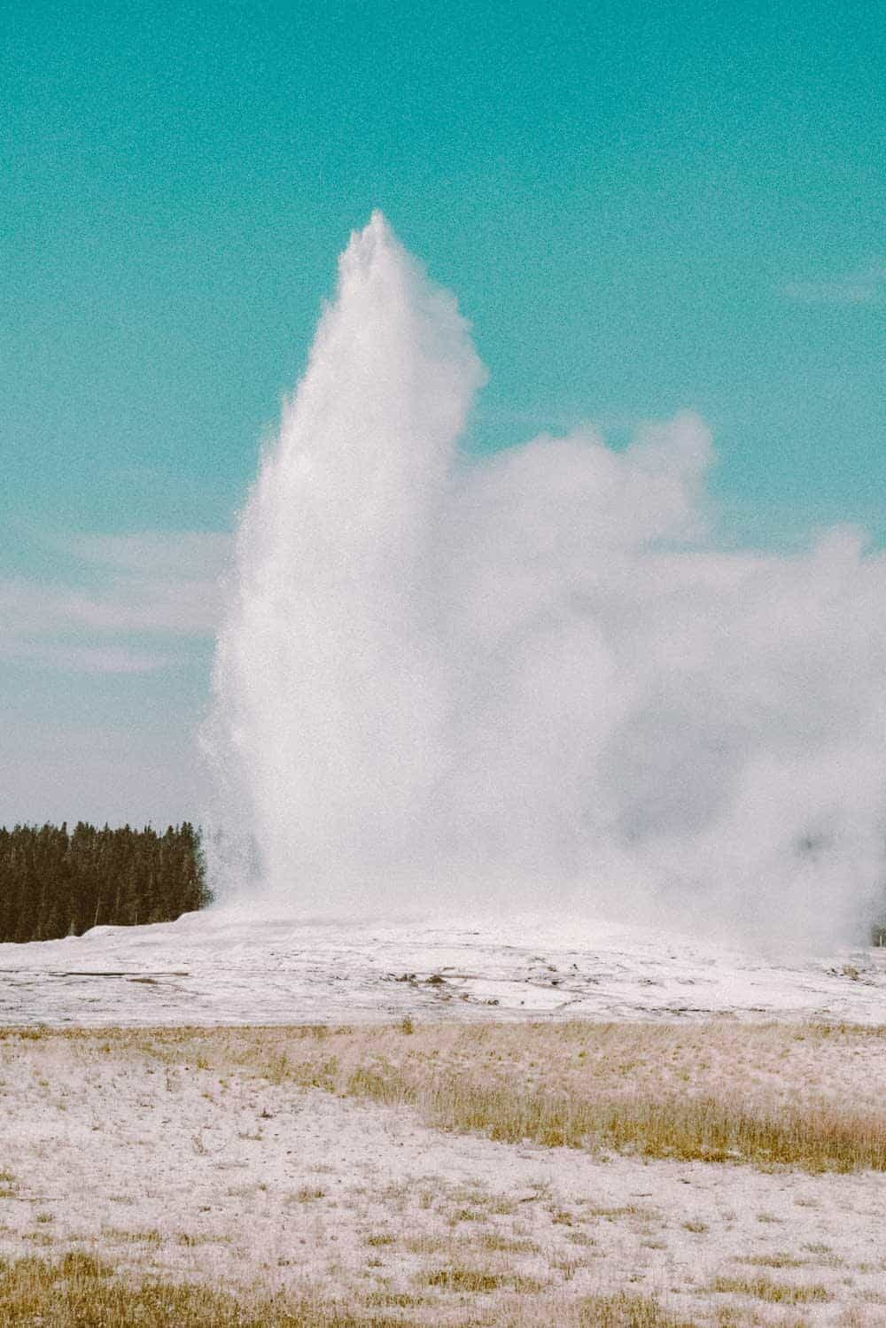 Best geysers in Yellowstone - Old Faithful