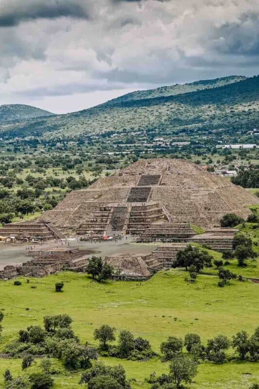 Why You Need To Visit The Teotihuacan Pyramids, Aka The