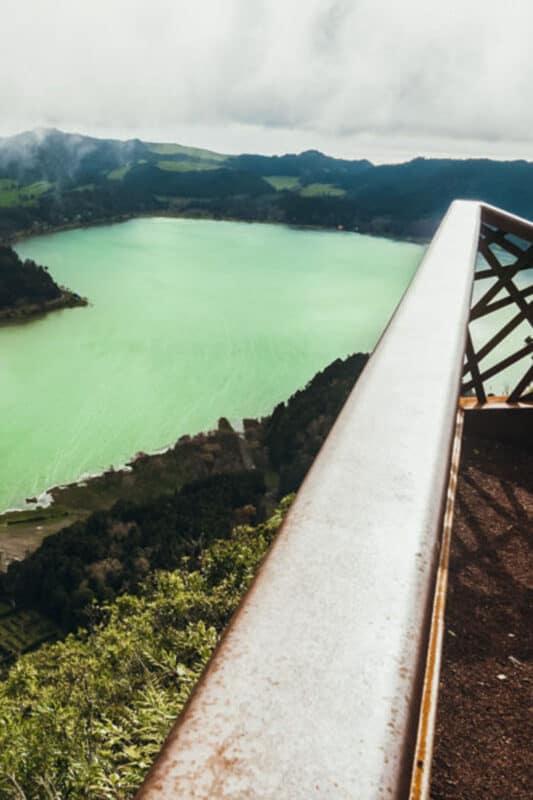 Pico Do Ferro viewpoint of Furnas Lake