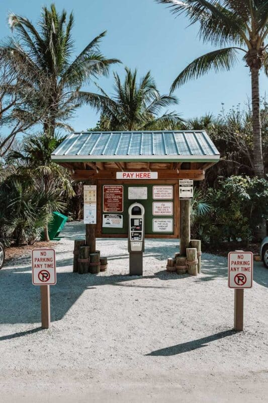 Where you pay for parking on Sanibel Island